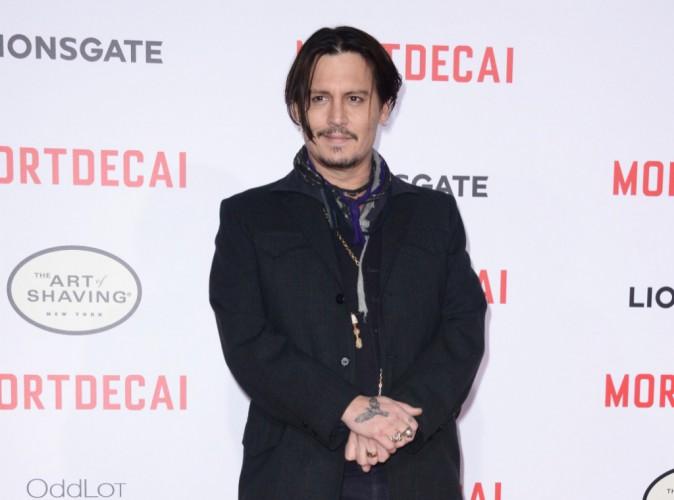 Johnny Depp : De retour en Australie, il surprend ses fans malades !