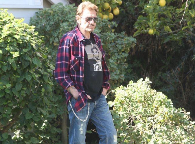 Johnny Hallyday : un an après ses problèmes de santé, le rockeur se confie sur sa convalescence et les femmes de sa vie !
