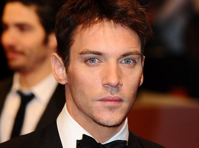 Jonathan Rhys Meyer : l'acteur des Tudors aurait fait une tentative de suicide !