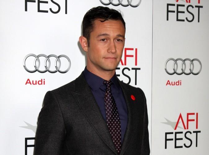 Joseph Gordon-Lewitt : l'acteur américain rejoint la bombe Jessica Alba au casting du prochain Sin City !