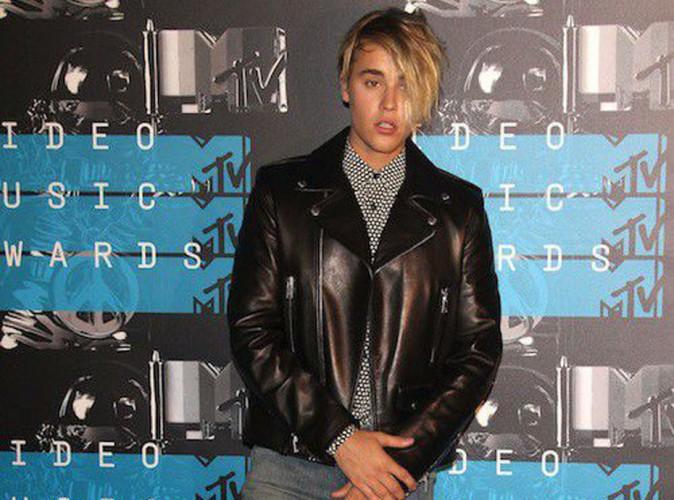 Justin Bieber explique pourquoi il a fondu en larmes aux MTV VMA 2015 !