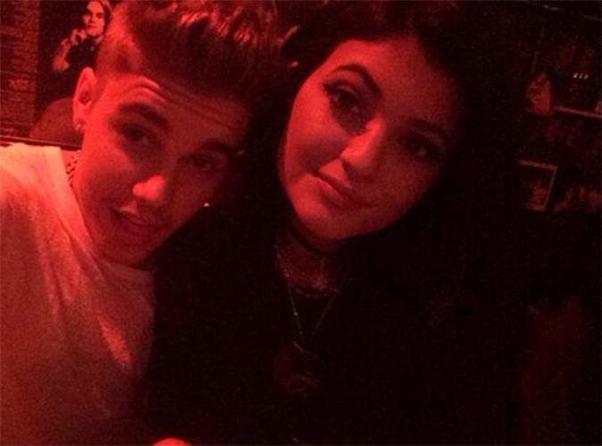 Justin Bieber : il a emmené Kylie Jenner diner… de nouveaux clichés qui risquent d'agacer Selena Gomez !