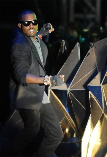 Kanye West : Repart en tournée pour 23 dates !