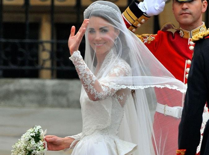 Kate Middleton : sa robe, son gâteau, ses bijoux…retrouvez tout son mariage au musée !
