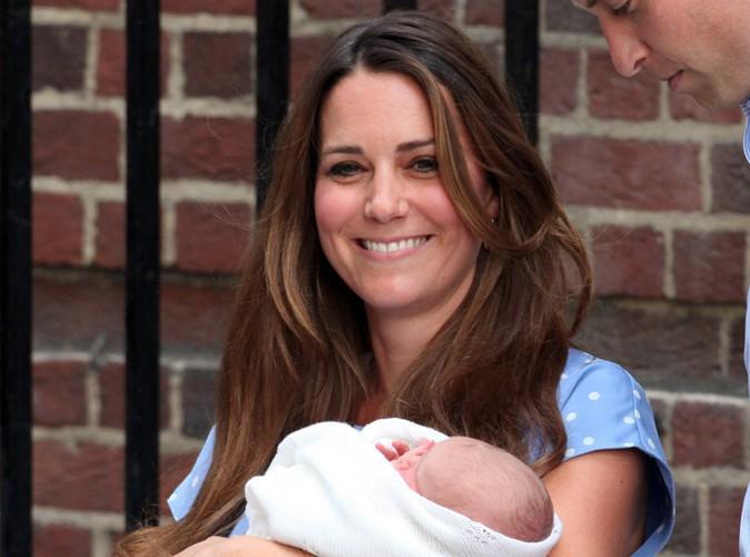 Kate middleton un mois apr s son accouchement plus - Retour de couche 1 mois apres accouchement ...