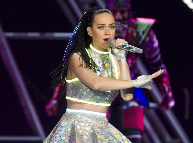 Katy Perry : Accus�e d'avoir insult� l'ex d'une fan, qu'en est-il vraiment ?