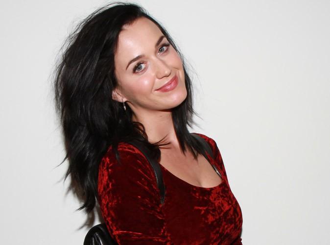 """Katy Perry : écoutez sa nouvelle chanson, """"Dark Horse"""" !"""