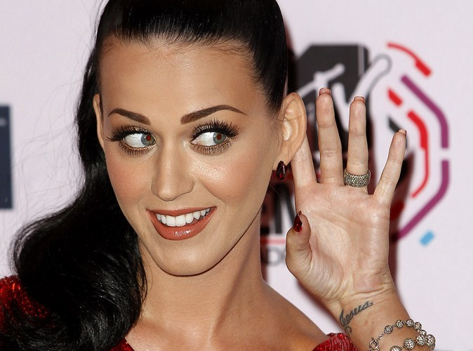 Katy Perry s'éclate à Las Vegas avec sa grand-mère !