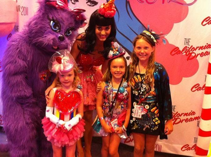 Katy Perry : ses petits fans lui font une belle surprise pour son dernier concert au Canada! Trop mignon !