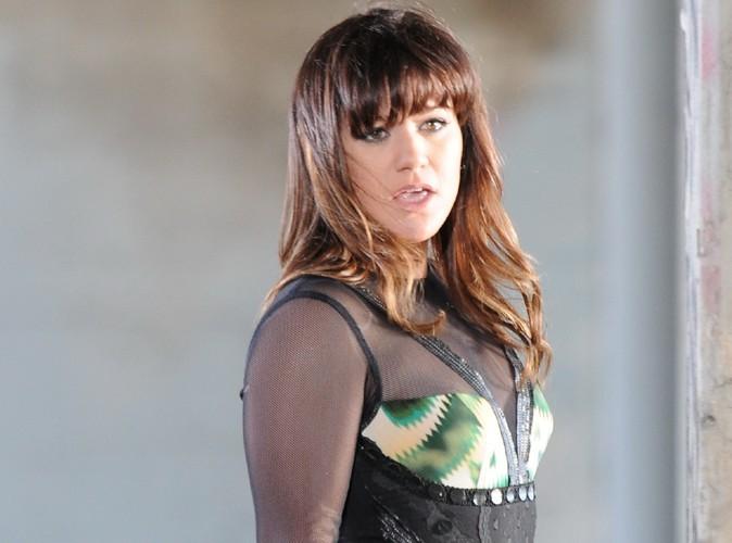 """Kelly Clarkson revient sur ses années noires : """"J'ai détesté ma vie"""" ..."""