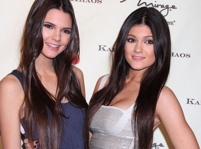 """Kendall et Kylie Jenner : les petites sœurs de Kim Kardashian """"condamnées"""" à vivre comme elle ?"""