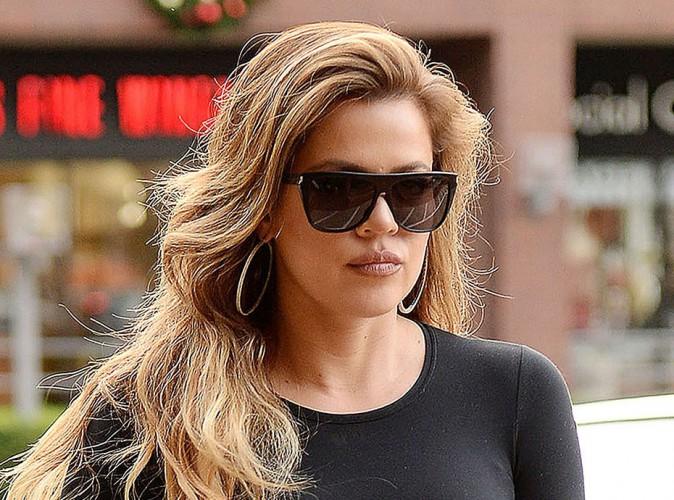 Khloe Kardashian : lassée de déprimer, elle adopte un nouveau look !