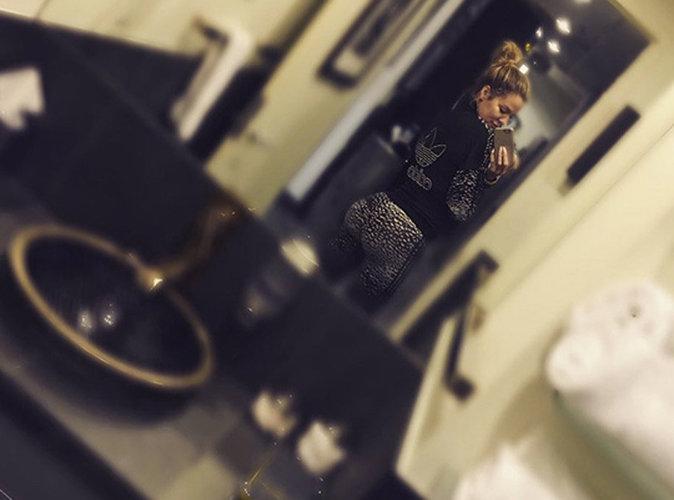 """Khloe Kardashian : ses fesses moquées sur la toile, elle répond aux """"haters"""" !"""