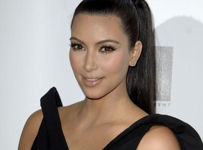 Kim Kardashian : 11 heures d'avion pour essayer sa robe de mariée !