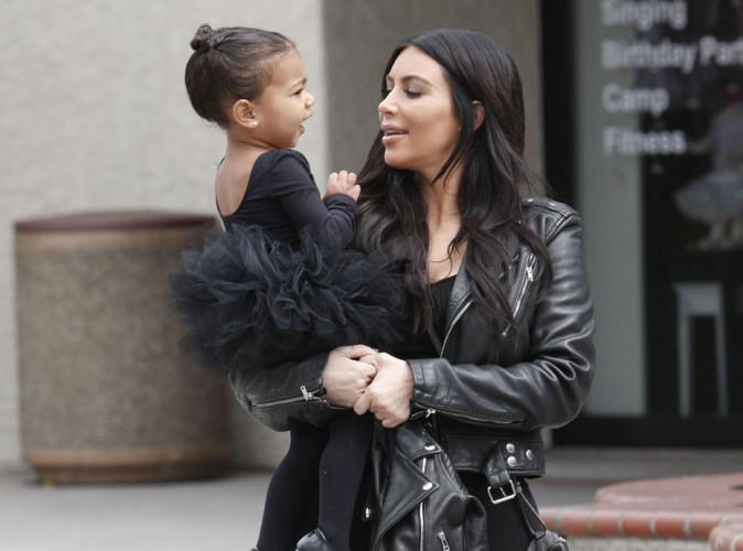 Kim Kardashian : assistez donc au bain de North West !