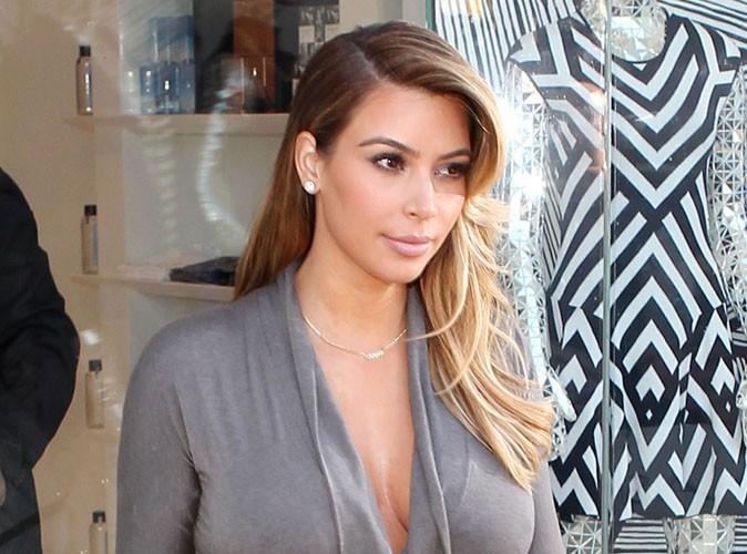 Kim Kardashian : découvrez l'énorme bague de fiançailles que Kanye West lui a offert !