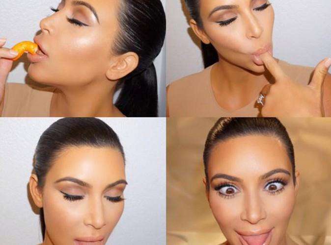 Kim Kardashian : grimaces et Cheetos, elle se lâche !