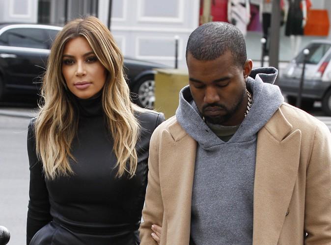 Kim Kardashian  Kanye West  à un mois de leur mariage