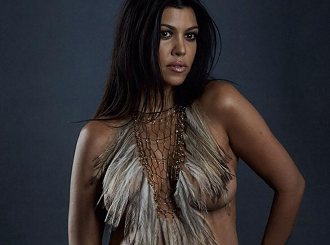 Kourtney Kardashian : après Kim, elle prend la pose complètement nue et bien enceinte !
