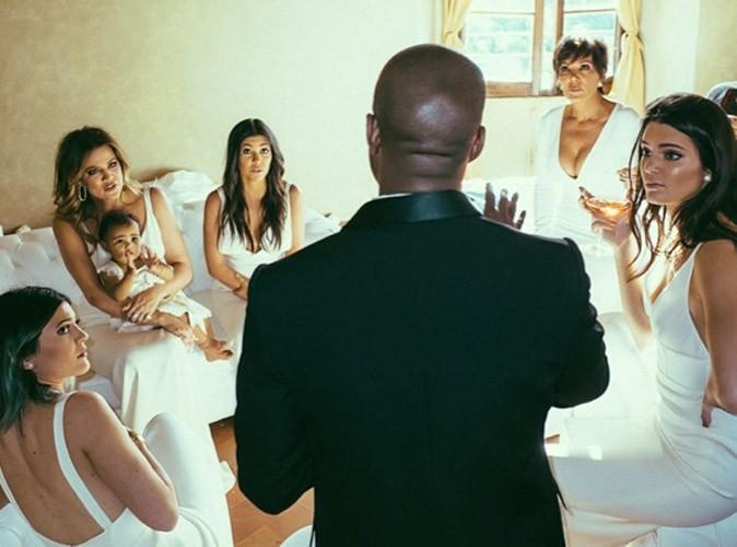 Kourtney Kardashian : complètement sous le charme de Kanye West avec sa mère, ses sœurs et North !