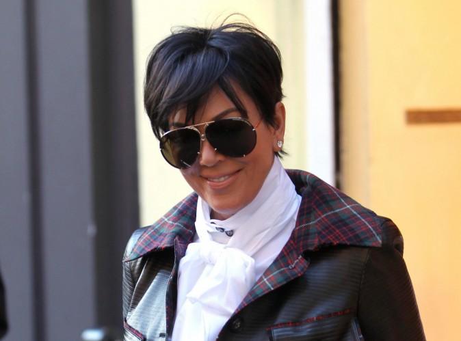 """Kris Jenner : """"extrêmement fière"""" après avoir vu Kim nue dans le clip de Kanye West !"""