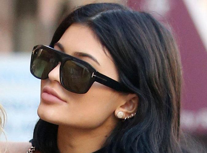 """Kylie Jenner : déjà blasée ? elle aimerait que ses lèvres soient """"plus petites""""..."""