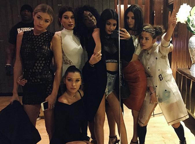 Kylie Jenner reléguée aux backstages du Met Gala ? Elle s'incruste !