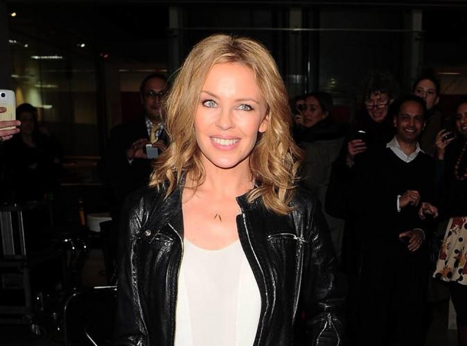 """Kylie Minogue (The Voice) : """"J'ai essayé de parler français, mais c'était compliqué"""" !"""