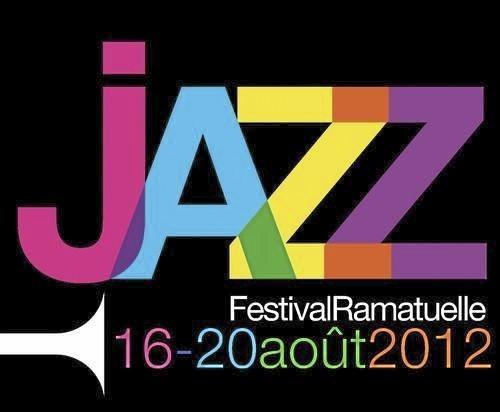 Le Patricia Barber's Nat King Cole Trio joue au Festival de jazz de Ramatuelle (Var).