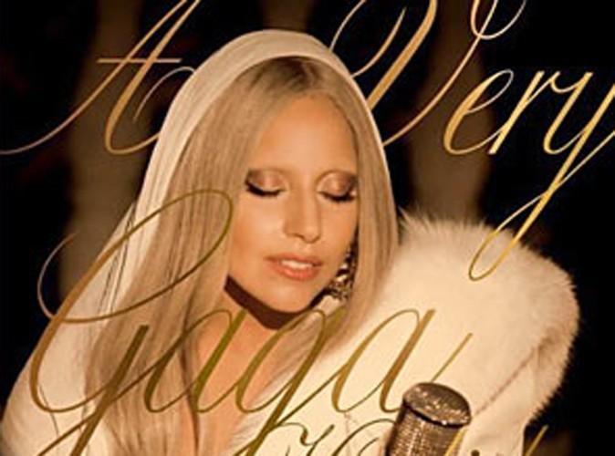 """Lady Gaga : découvrez """"White Christmas""""... sa chanson de Noël !"""