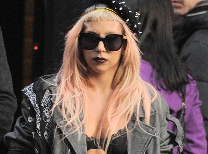 Lady Gaga : elle pleure à la télé …trop critiquée ?