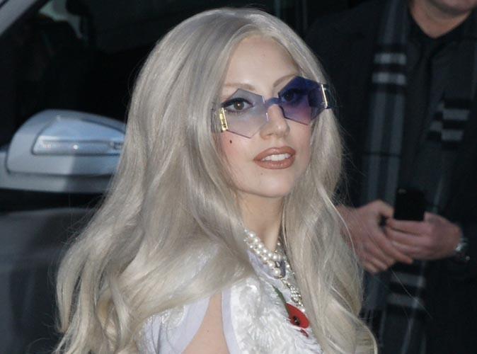Lady Gaga : elle sera bientôt ordonnée pasteur pour unir ses amis gays !
