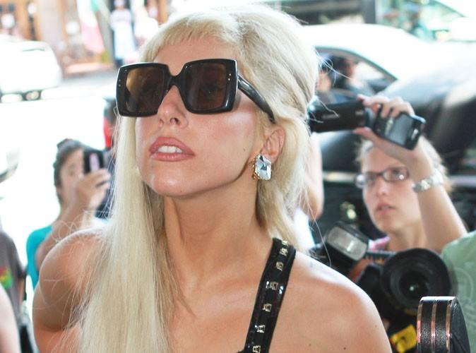 Lady Gaga : elle va jouer les pères Noël déjantés !