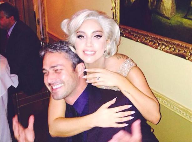 Lady Gaga et Taylor Kinney : découvrez les premiers détails de leur mariage !