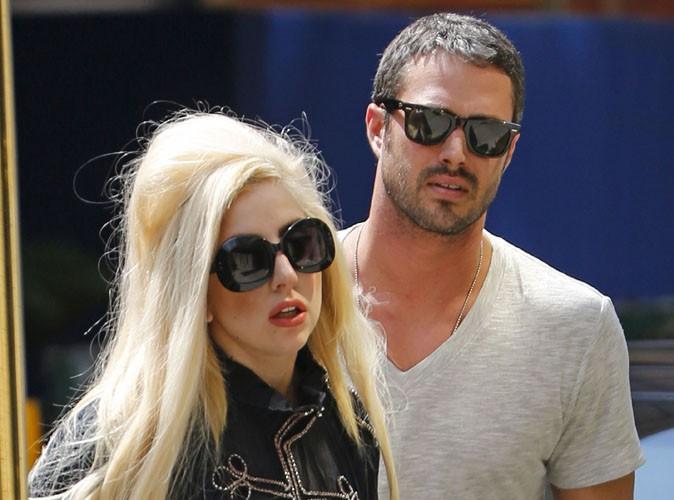 """Lady Gaga : """"jetée"""" par son petit-ami Taylor Kinney après deux ans de relation... Intox ! (Réactualisé)"""