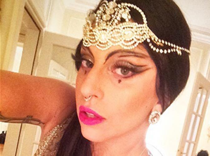 Lady Gaga : topless et en résille sur la scène de Vienne !
