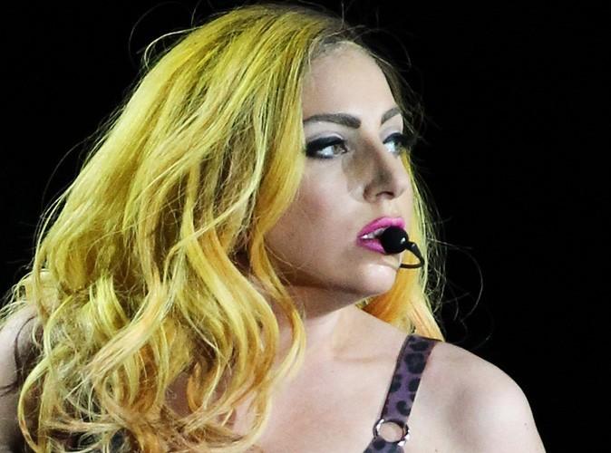 Lady Gaga vous montre encore ses fesses !
