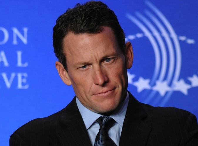 Lance Armstrong : Nike met fin à son contrat avec le célèbre sportif accusé de dopage...