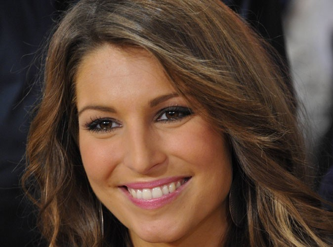 Laury Thilleman : elle n'était pas la bienvenue à l'élection de Miss France 2013 !