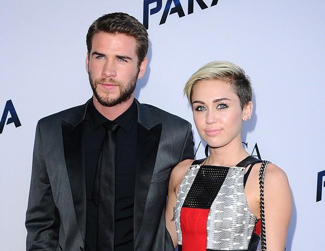 Liam Hemsworth : très embarrassé de la performance de Miley Cyrus aux MTA VMAs !