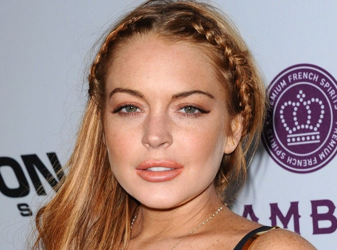 Lindsay Lohan : elle rembourse une partie de ses dettes avec l'argent de Charlie Sheen !