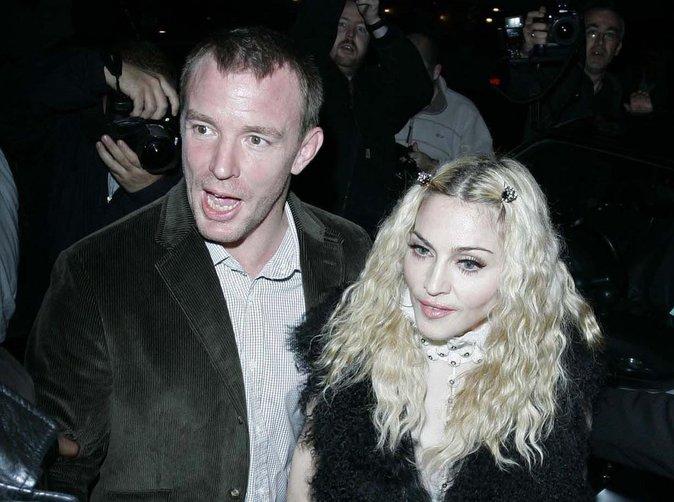 """Madonna : son ex """"marche sur des œufs"""" pour négocier la garde de Rocco"""