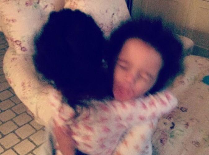 Mariah Carey : joli moment de tendresse entre ses adorables jumeaux !