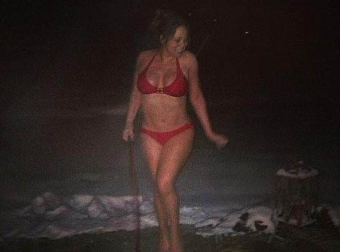 Mariah Carey : même par -10°C elle dégaine le micro-bikini sexy !