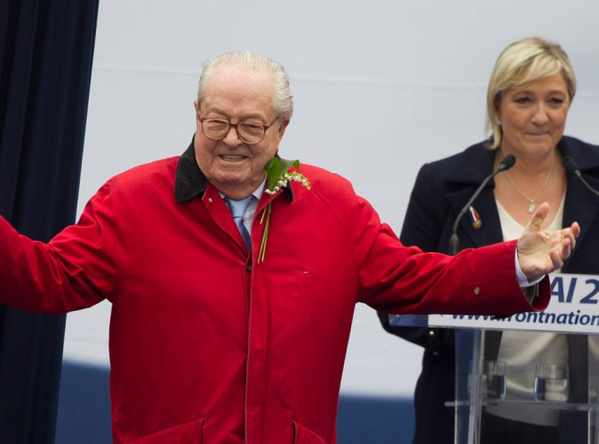 """Marine Le Pen s'en prend à son père : """"C'est notre petite Femen personnelle"""" !"""