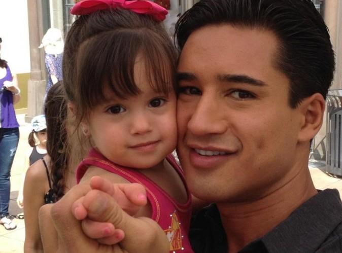 Mario Lopez : son adorable fille vient lui rendre visite au boulot !