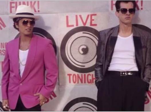 """Mark Ronson et Bruno Mars : découvrez leur nouveau clip """"Uptown Funk"""" !"""