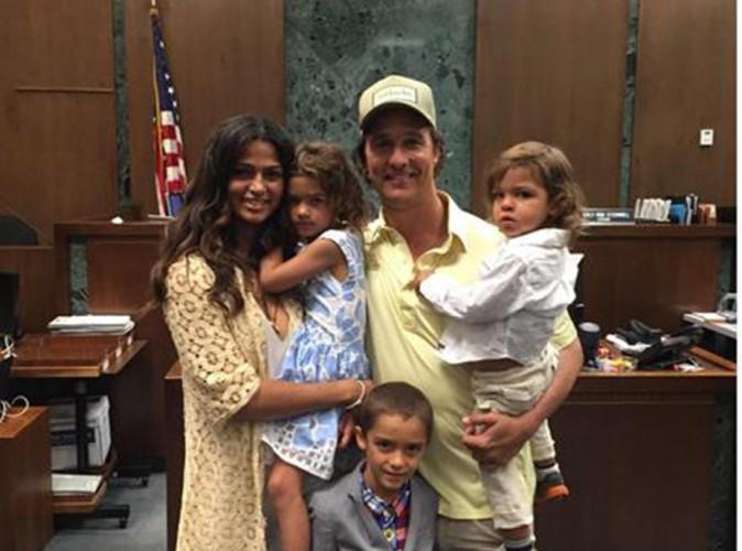 Matthew McConaughey : son épouse devient (enfin) citoyenne américaine !