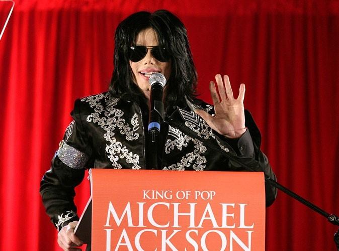 Michael Jackson : il aurait acheté le silence de 24 jeunes garçons pour 35 millions de dollars !