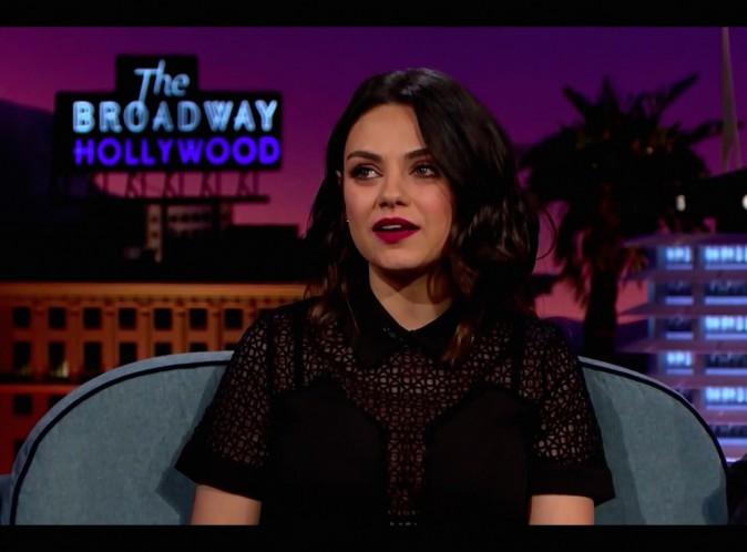 Mila Kunis : au lit avec Ashton, elle a du mal à rester concentrée...